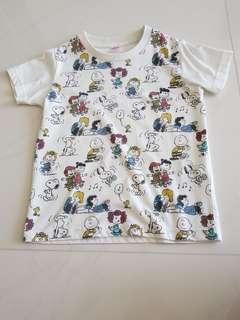 Snoopy Uniqlo Tshirt