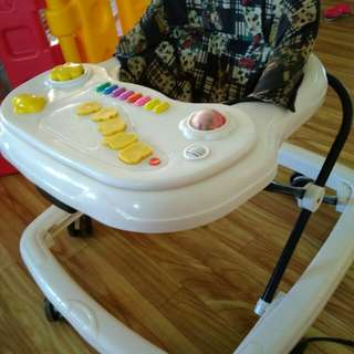 Baby walker self pickup