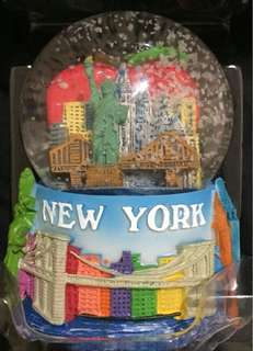 New York Snow-Globe