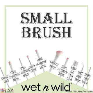 Wet n Wild Brush