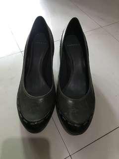 New Gray/Black Ladies Shoes