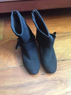 Black Italian Made Boots (Bought in Italy)