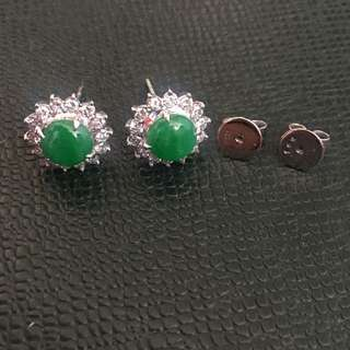 18K White Gold Jade Earrings