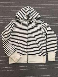 Women Uniqlo Stripes Sweater Hooded