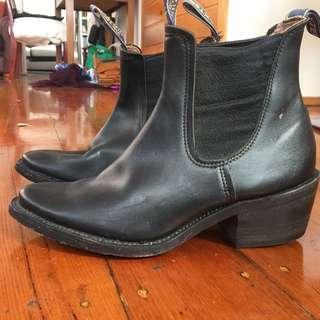 Baxter Cuban Heel Boots