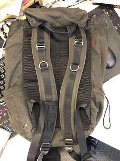Tumi backpack 背包