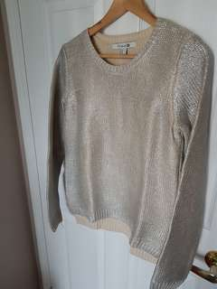 Sweater metallic,  never worn Size M