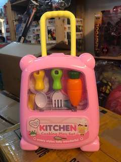 KITCHEN COOKING PLAY SET (Not Disney)