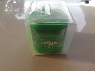 Smiggle maxi electric sharpener rm49 NEW