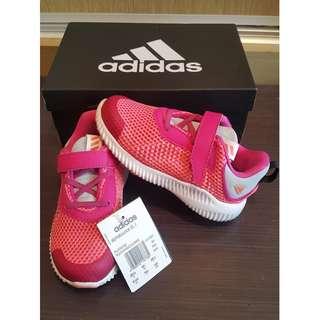 全新adidas童鞋