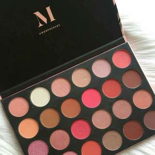 Eyeshadow morphe 24G