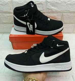 Nike Air Force 1 [High Cut]