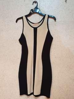 Sexy bodycon dress in cream and black