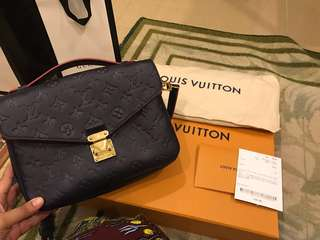 Louis Vuitton LV Pochette Metis Marine Rouge