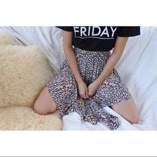 H&M Asymmetrical Printed Skirt