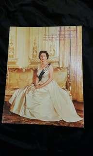 1975年英女皇訪港南華早報特刊。