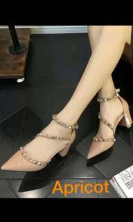 Studded Pointed Heels (Apricot)