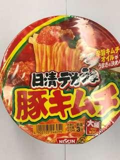 日清豚菜杯麵