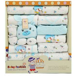 Set newborn clothes