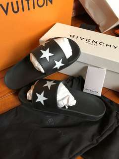 🚚 Givenchy星星拖鞋