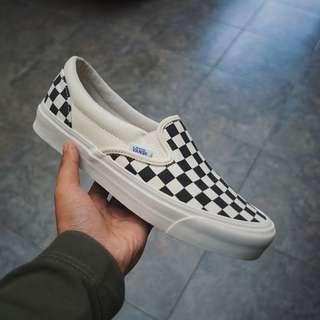 Vans Vault OG Classic Slip-On LX Checkerboard