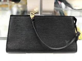 Authentic Louis Vuitton Noir Pochette Epi