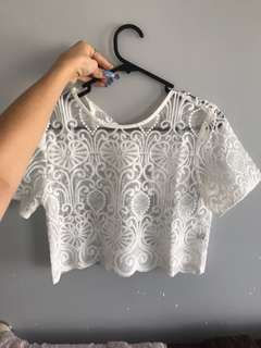 Lace top size S