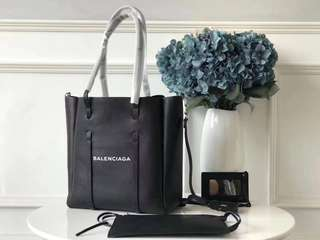 Balenciaga Tote xSmall  $290 24cm