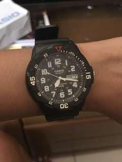 Unisex Casio watch (new, original)