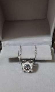 18k Gucci icon twirl diamond necklace