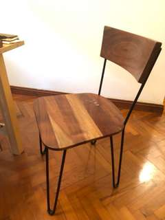 深啡色實木餐椅 x 3 , wooden dining chairs with back frames