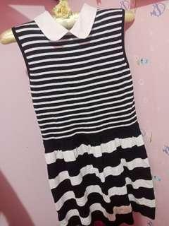 Korea Black n White stripes with collar knitted dress