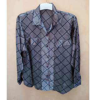 Shinny Graphic Blouse