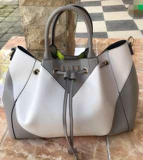 ELLE good condition womans bag