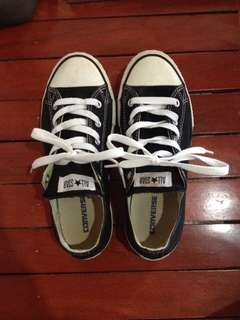 Converse classic black and white