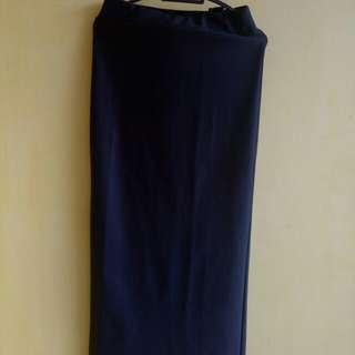 Rok panjang formal