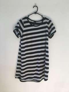 T-shirt dress 👗