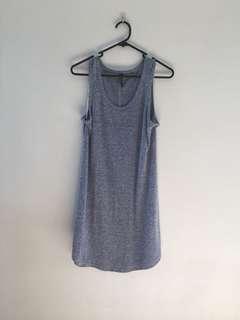 Lightweight curved hem dress 👗