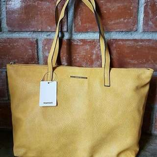 Mango Pebbled Zip Tote