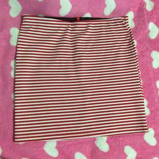 Pre-loved Red and White Skirt