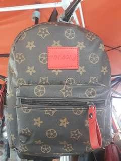 louis vuitton design small back pack