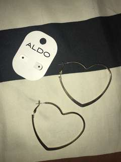 Heart hoops earrings