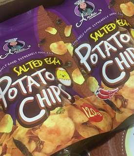 (REGULAR SIZE 120gr) ANIKA's SALTED EGG POTATO CHIPS