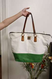 Dooney and Bourke Extra Large Tote Bag