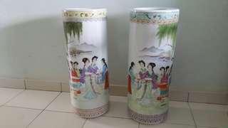Porcelain Vase Twins 仕女游園