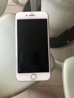 iPhone 6 (16gb) w/ new battery