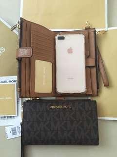 Authentic Michael Kors double zip wristlet phone wallet
