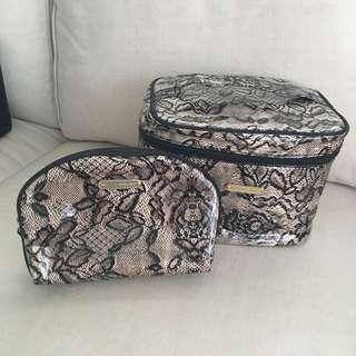 Victoria Secret Makeup Bag Set