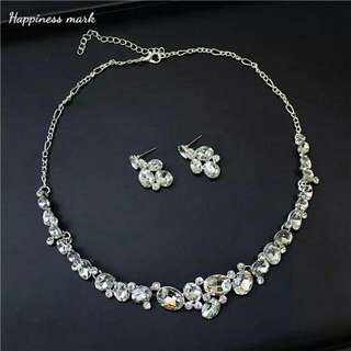 Artificial Bridal Wedding Necklace Earrings Set