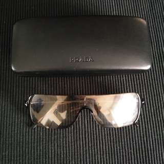Authentic Prada Sunglasses Complete with Inclusions